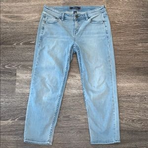Tommy Bahama Crop Jeans